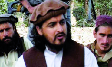 Pakistan Taliban secretly bury leader and vow bombs in revenge
