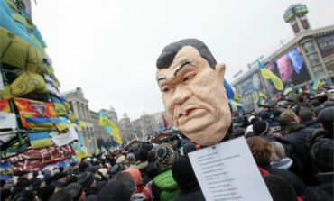 Ukrainians mass for new anti-government rally as EU halts trade deal