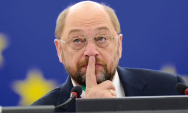 "Greece must introduce another currency if ""no"" vote wins - Schulz"