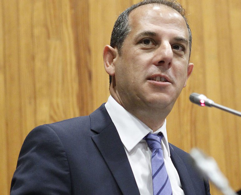 Larnaca port and marina contracts by end 2017, minister says
