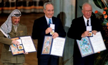 Peres won Nobel prize but his Mideast peace dream remained elusive
