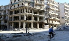 Europe's mood hardens on Russia sanctions despite pause in Aleppo bombings