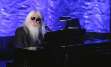 Leon Russell, musician known for dynamic performances, dies at 74