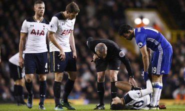 Alli double for Tottenham ends Chelsea's winning streak
