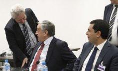 Negotiators' talks turn to the economy