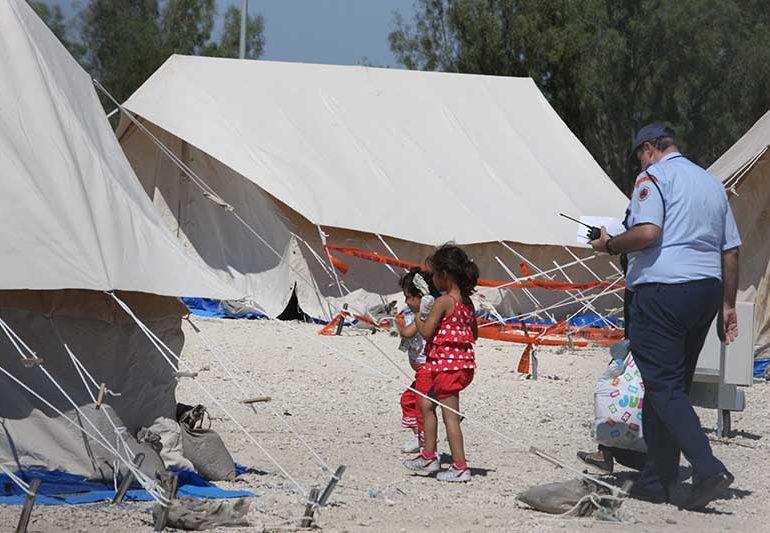 More refugees land in Kato Pyrgos (update 2)