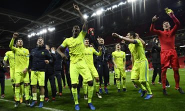 Ten-man Spurs exit Europa League, Lyon in seventh heaven