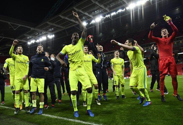 Ten-man Spurs exit Europa League, Lyon in seventh heaven