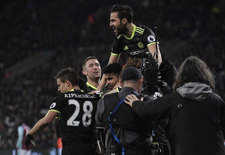 Chelseaease past West Ham to restore 10-point lead