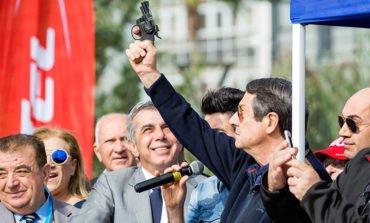 President kicks off Limassol marathon with 15,000 runners