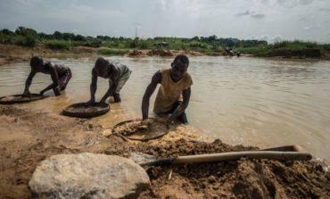 Sierra Leone pastor discovers 706-carat diamond