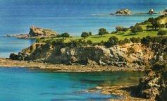 Bicommunal hike around Cyprus' coast