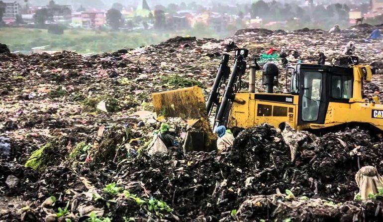 Garbage dump landslide kills 35 in Ethiopian capital