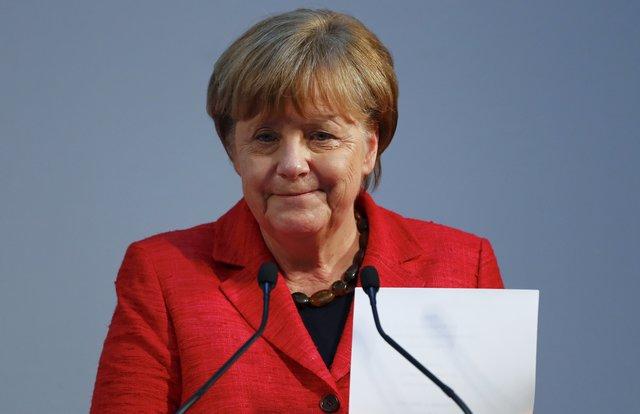 Merkel tells Turkey to stop Nazi references