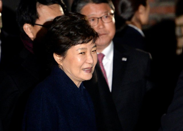 S.Korea's Park criticised over defiance, faces calls for investigation