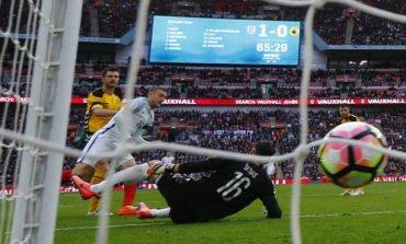 Defoe scores on return as England beat Lithuania, Germany crush Azerbaijan