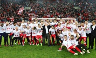 Olympiakos claim their 44th Greek league title