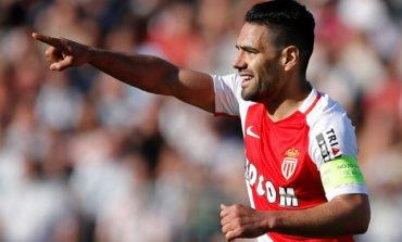 Falcao back to help Monaco beat Angers