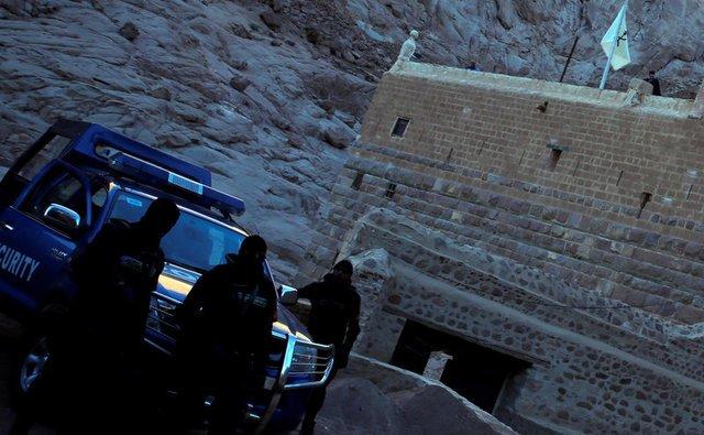 Gunmen kill policeman in monastery attack in Egypt