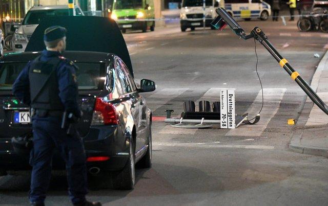 Man arrested over Stockholm deaths suspected driver of truck