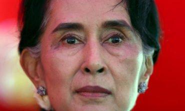 Myanmar leader says no ethnic cleansing of Rohingya Muslims