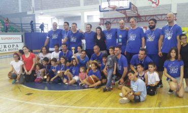 Palace team wins charity basketball match