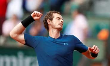 Unfazed Murray clears Kuznetsov hurdle in Paris