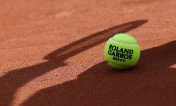 Hilton loses tennis courts after rent dispute