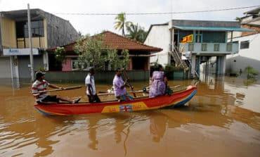 Storm toll reaches almost 200 in Sri Lanka, India
