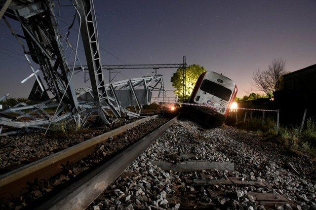 Three dead, 10 injured in Greek passenger train derailment – UPDATE