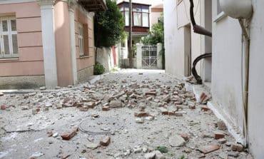 One dead in Greece and Turkey quake