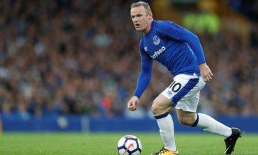 Rooney makes quiet return to Everton in narrow win