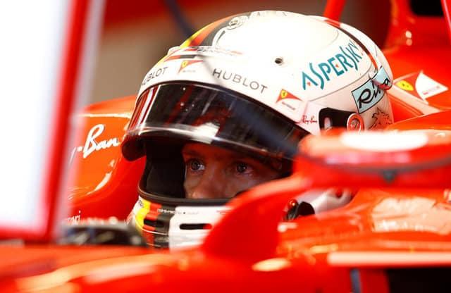 F1 cars burn rubber in London, reviving talk of street race