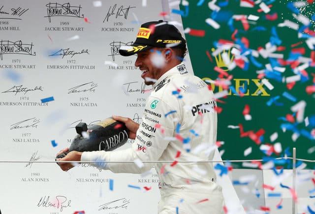 Hamilton slashes Vettel's lead to one point