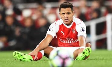 Injured Sanchez out of Premier League opener