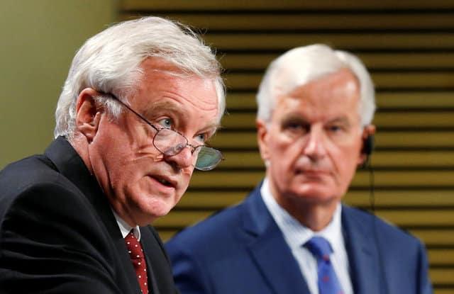 EU keeps up Brexit talks pressure, Davis signals cash offer