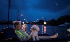 Besieged Houston braces for more flooding asHarveylingers