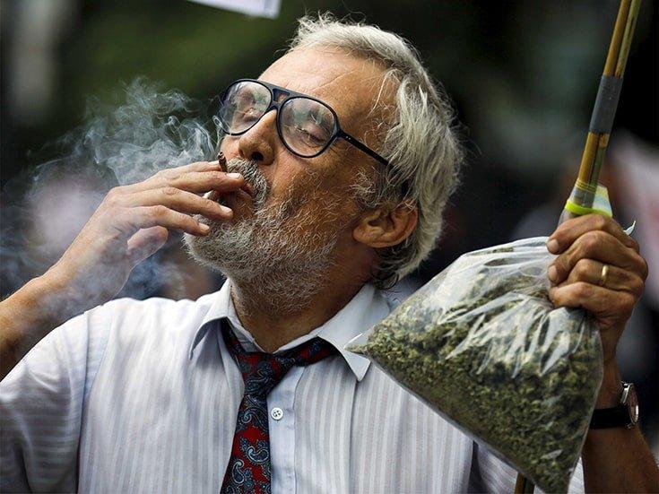 Marijuana use 'holds three-fold blood pressure death risk'
