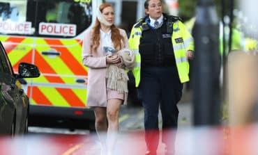 Bomb injures 29 on London train, threat level raised (Update 7)