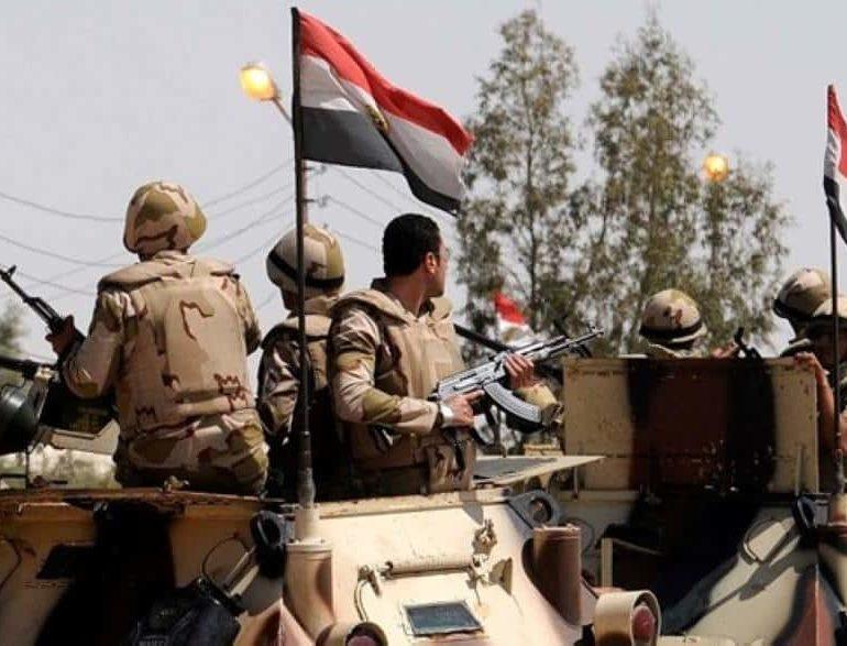 Sinai blast kills 18 Egyptian policemen