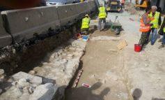Roadworks uncover mediaeval skeletons