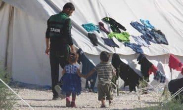 Newly-arrived migrants taken to Kokkinotrimithia