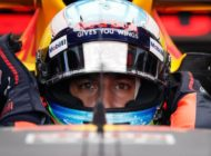 Red Bull's Ricciardo shines in Singapore practice