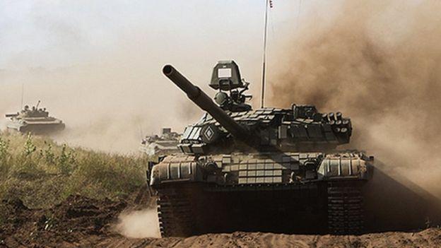 Kremlin accuses West of 'hysteria' over war games