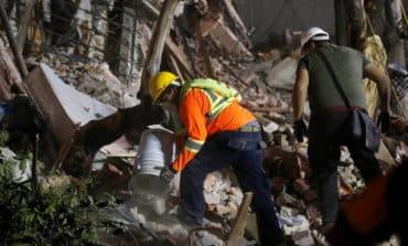 Hopes for Mexico quake survivors dim as search enters 6th day