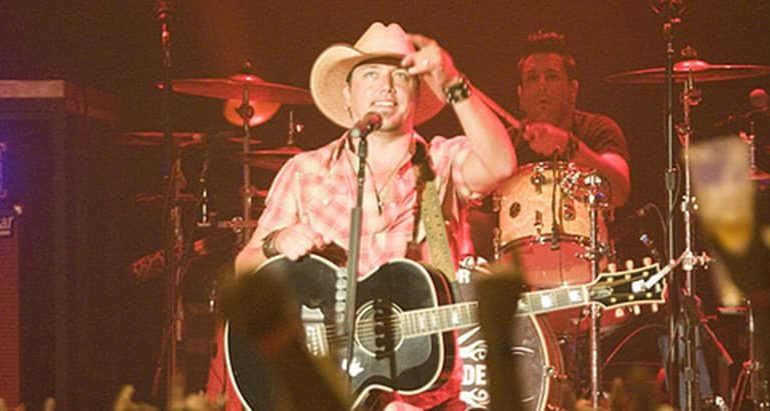 Jason Aldean cancels weekend shows: 'It is the right thing to do'