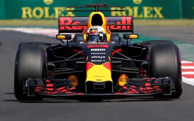 Ricciardo beats Hamilton in Mexican GP practice