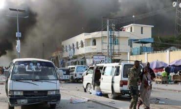 Car bombs kill at least 22 inSomalia's capital Mogadishu (Update)