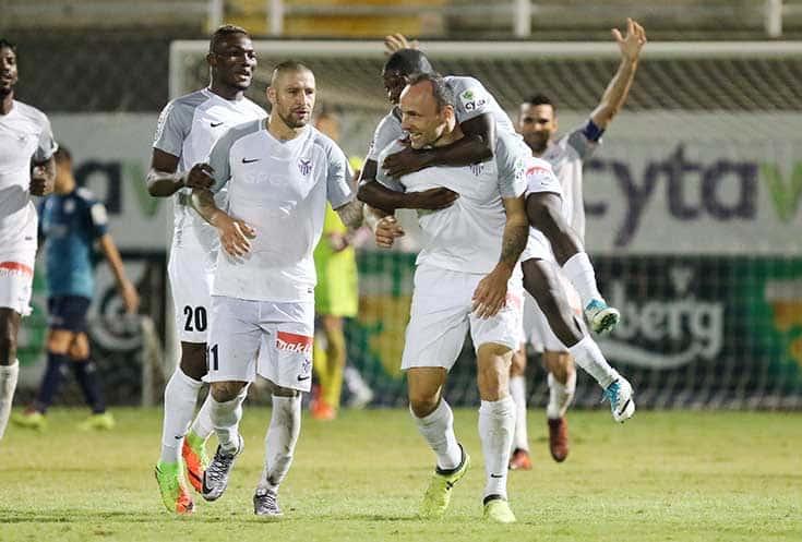 Anorthosis maintain lead over AEK