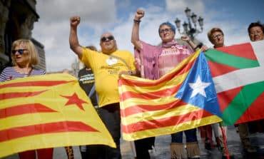 EU again urges dialogue to end Catalan crisis